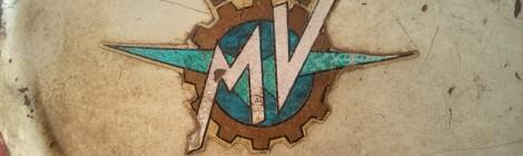 detail-mv-agusta-125-150-tank-brand