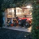 ducati-scrambler-in-garage-a-fine-serata
