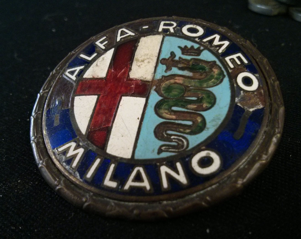 Original Iron Glazed Emblem Badge For Alfa Romeo Giulietta Logo Originale In Ferro Smaltato Per
