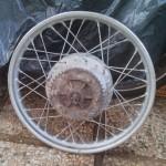 ruota-posteriore-ducati-scrambler-350-da-restaurare